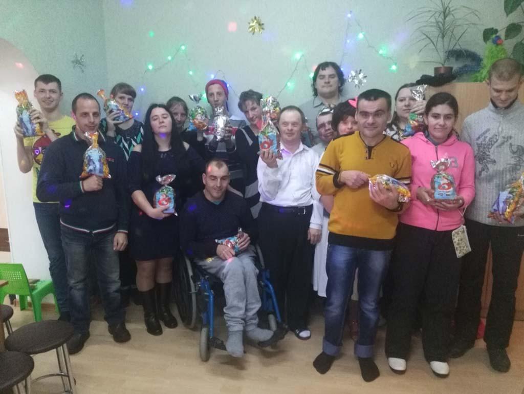 Новый Год в отделении дневного пребывания для инвалидов ГУ ТЦСОН Пуховичского района